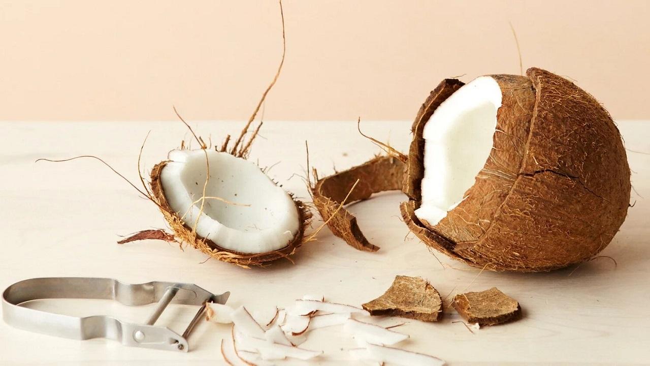 Как быстро и легко открыть кокос