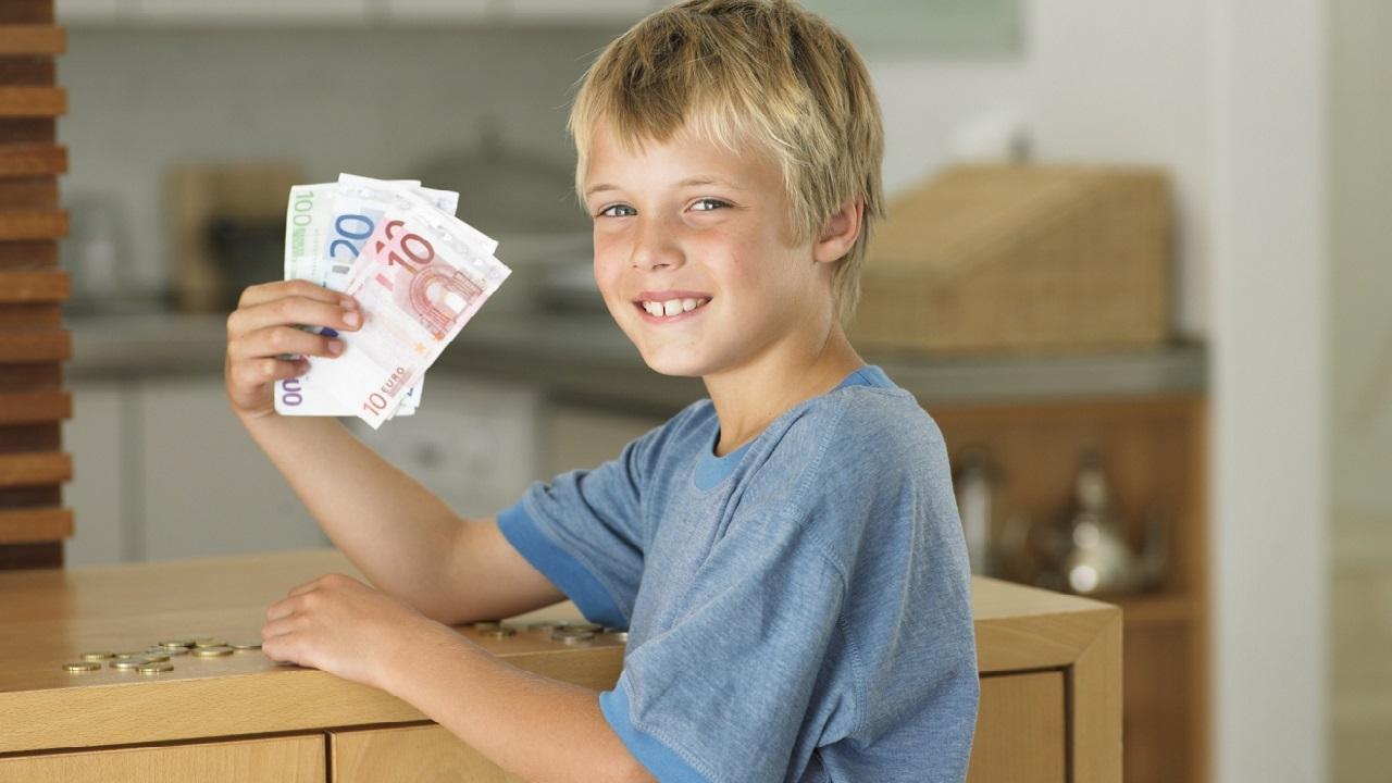 как попросить денег у родителей